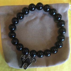 Jewelry - Stretch bracelet with cat charm 🐱🍁
